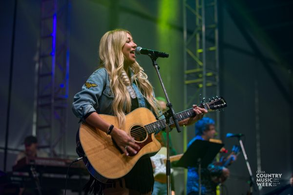 FanVillage_CountdownParty_MadelineMerlo_SB-1